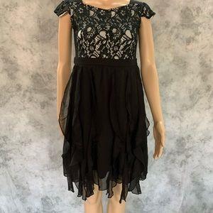 D-signed Disney black dress, Junior size Large